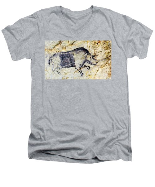 Chauvet Rhinoceros Men's V-Neck T-Shirt