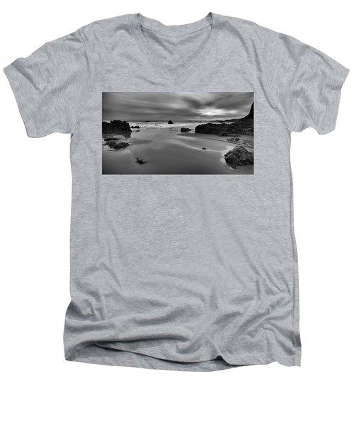 Coastal Light Iv Men's V-Neck T-Shirt