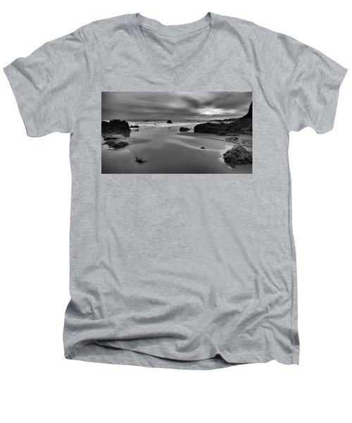 Coastal Light Iv Men's V-Neck T-Shirt