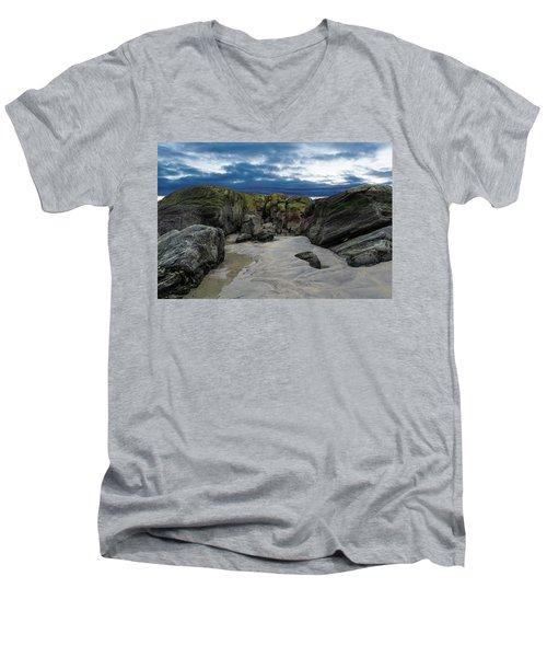 Coastline Castle Men's V-Neck T-Shirt