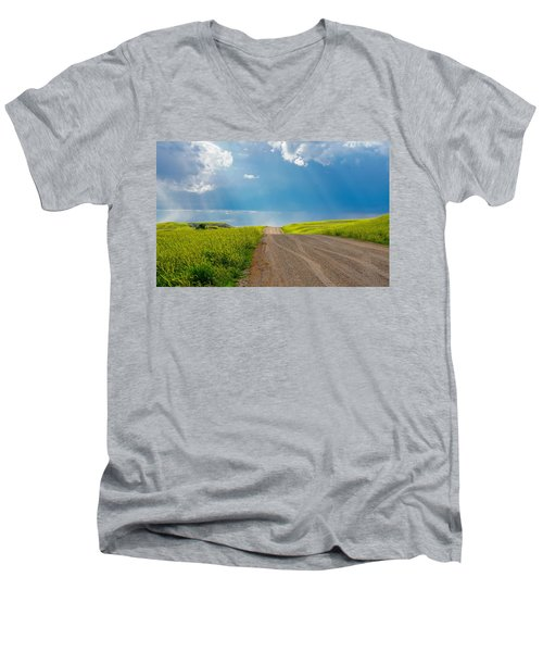 Country Road Men's V-Neck T-Shirt