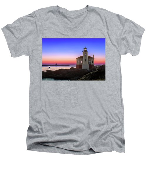Crab Boat At The Bandon Lighthouse Men's V-Neck T-Shirt