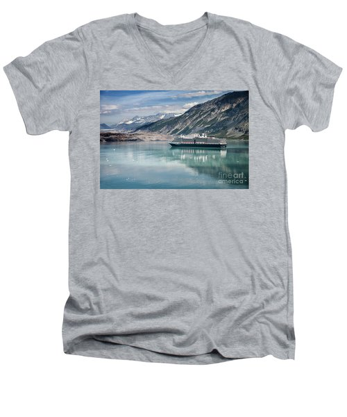 Cruise Ship Men's V-Neck T-Shirt