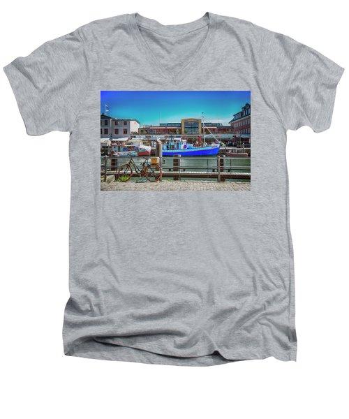 Cycle Or Sail Men's V-Neck T-Shirt