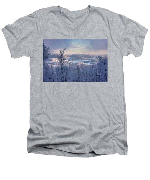 Deer Valley Winter View Men's V-Neck T-Shirt