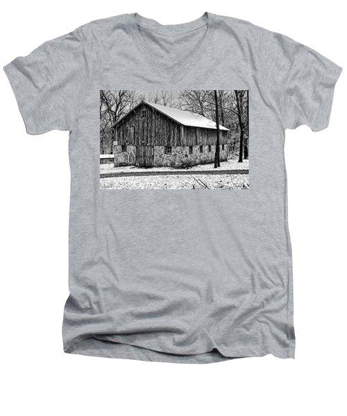 Down The Old Dirt Road Men's V-Neck T-Shirt