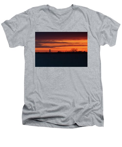 Egmont Key Lighthouse Sunset Men's V-Neck T-Shirt