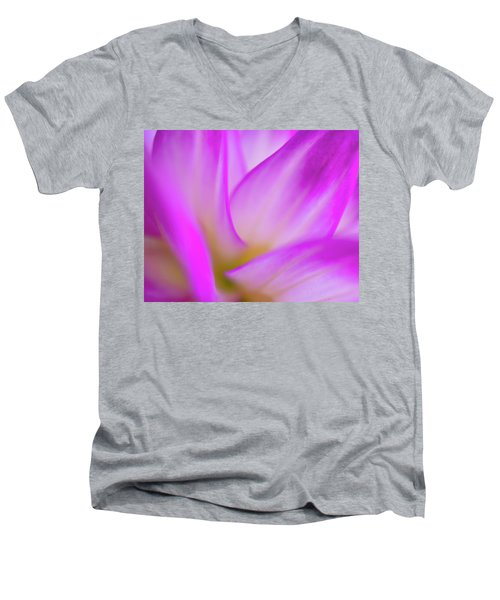 Flower Close Up Men's V-Neck T-Shirt