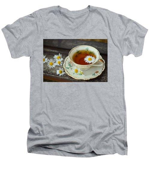 Flower Tea Men's V-Neck T-Shirt