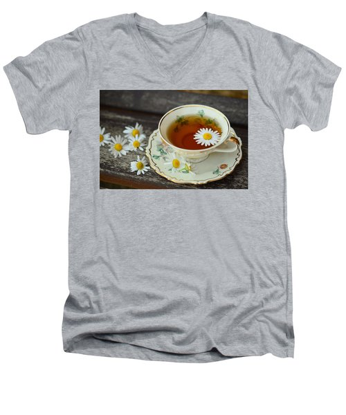 Flower Tea Men's V-Neck T-Shirt