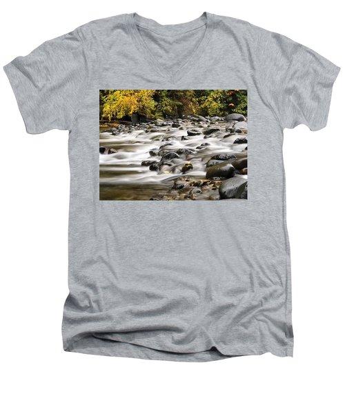 Flowing Molalla Men's V-Neck T-Shirt