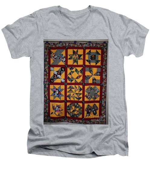 Frida Quilt Men's V-Neck T-Shirt