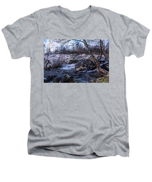Frozen Tree In Winter River Men's V-Neck T-Shirt