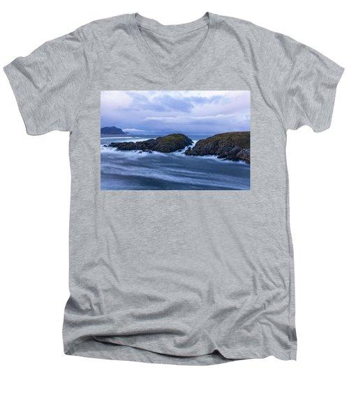 Frozen Water Movement Men's V-Neck T-Shirt