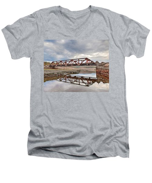 Ghost Bridge - Colebrook Reservoir Men's V-Neck T-Shirt