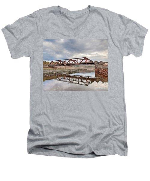 Ghost Bridge - Colebrook Reservoir Men's V-Neck T-Shirt