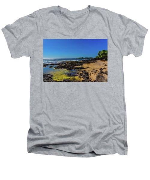 Hale Halawai Tide Pool Men's V-Neck T-Shirt