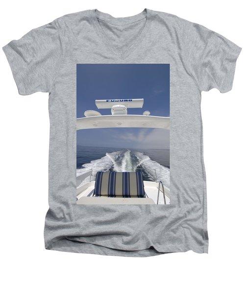 Heading South Men's V-Neck T-Shirt