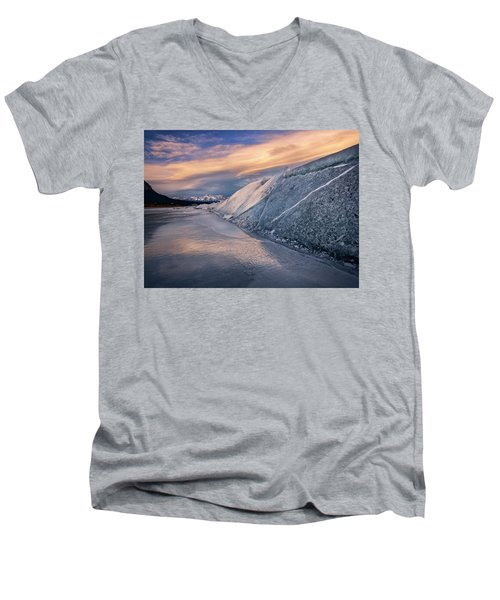 Ice Sheets On Abraham Lake Men's V-Neck T-Shirt