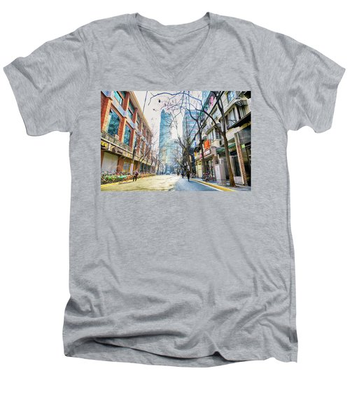 Jing An Men's V-Neck T-Shirt