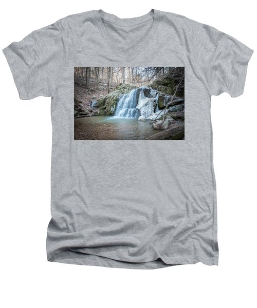 Kilgore Falls In Winter Men's V-Neck T-Shirt