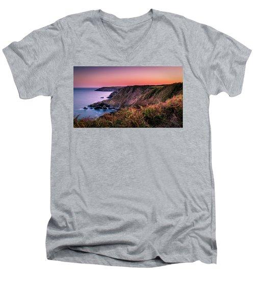 Lizard Point Sunset - Cornwall Men's V-Neck T-Shirt