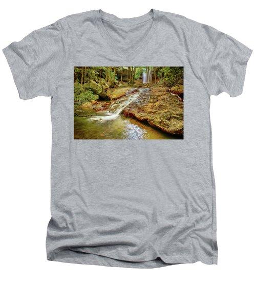 Long Falls Men's V-Neck T-Shirt