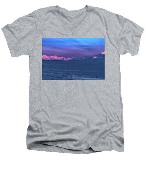 Magic Artic Men's V-Neck T-Shirt