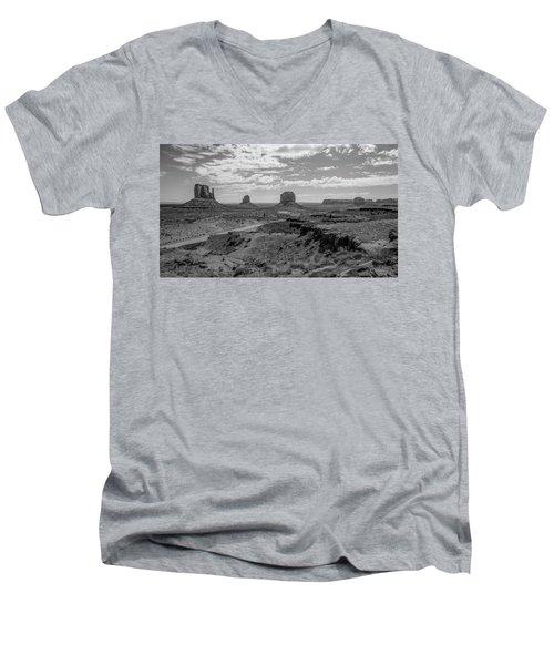 Monument Valley View Men's V-Neck T-Shirt