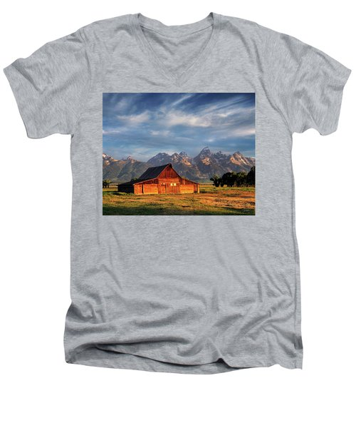 Moulton Barn Morning Light Men's V-Neck T-Shirt