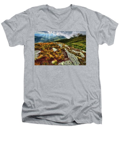 Mt. Washington Nh, Autumn Rays Men's V-Neck T-Shirt