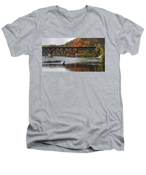 Men's V-Neck T-Shirt featuring the photograph Muskegon River 10221701 by Rick Veldman