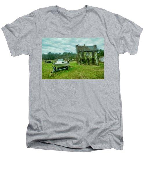 Auntie's Old House Men's V-Neck T-Shirt