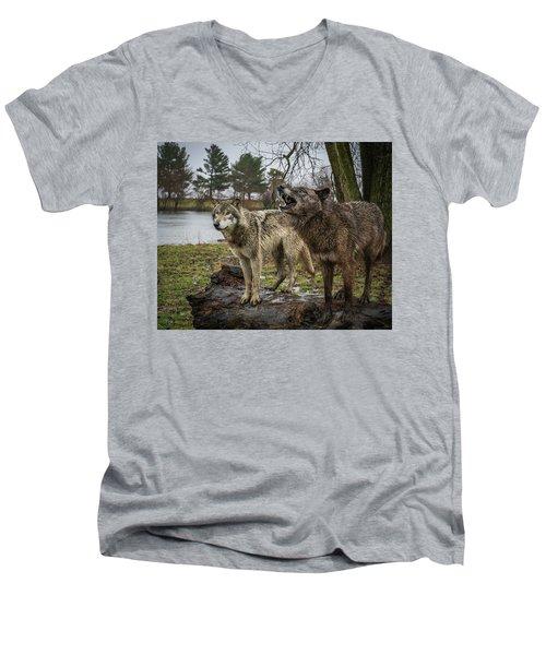 Noisy Wolf Men's V-Neck T-Shirt