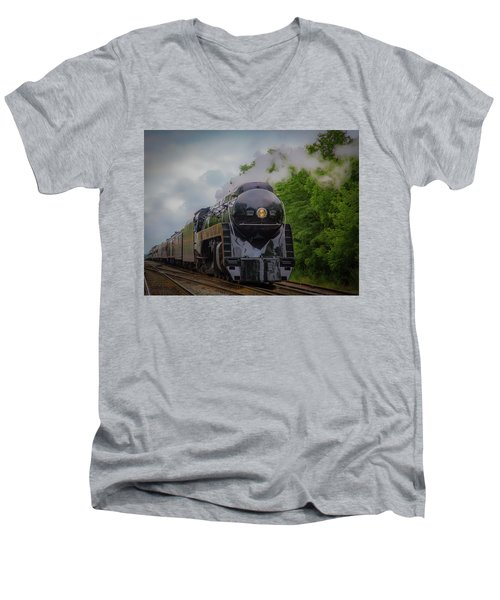 Norfolk And Western 611 Men's V-Neck T-Shirt