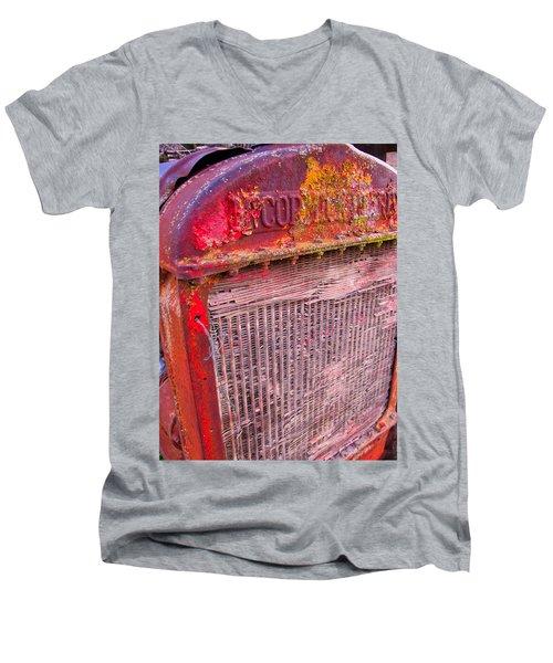 Old Red Men's V-Neck T-Shirt