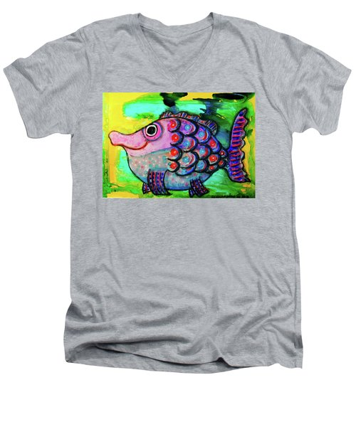 Oscar The Nosefish Men's V-Neck T-Shirt