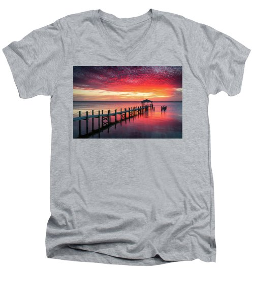 Outer Banks North Carolina Sunset Seascape Photography Duck Nc Men's V-Neck T-Shirt