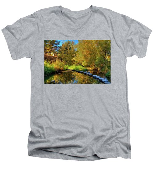 Men's V-Neck T-Shirt featuring the photograph Palouse River Reflections by David Patterson