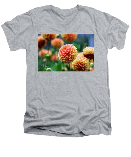Peach Dahlias Men's V-Neck T-Shirt
