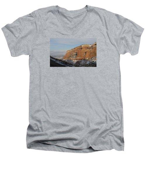 Peak-a-boo Canyon Men's V-Neck T-Shirt