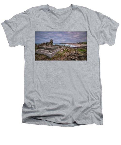 Porthmeor Beach January View Men's V-Neck T-Shirt