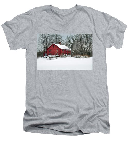 Red New England Colonial In Winter Men's V-Neck T-Shirt