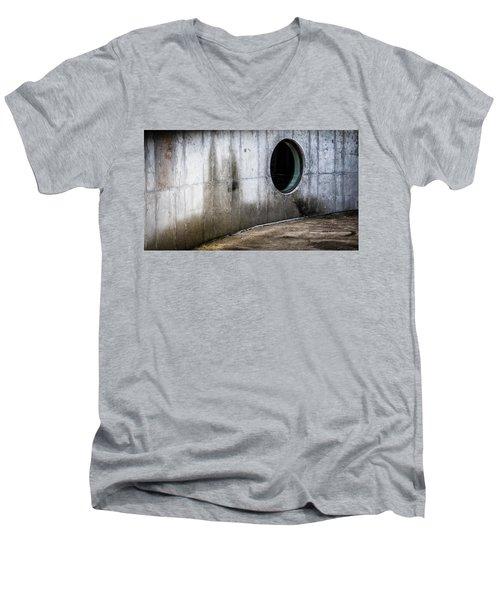 Round Window Men's V-Neck T-Shirt