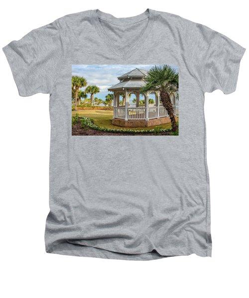San Luis Gazebo Men's V-Neck T-Shirt