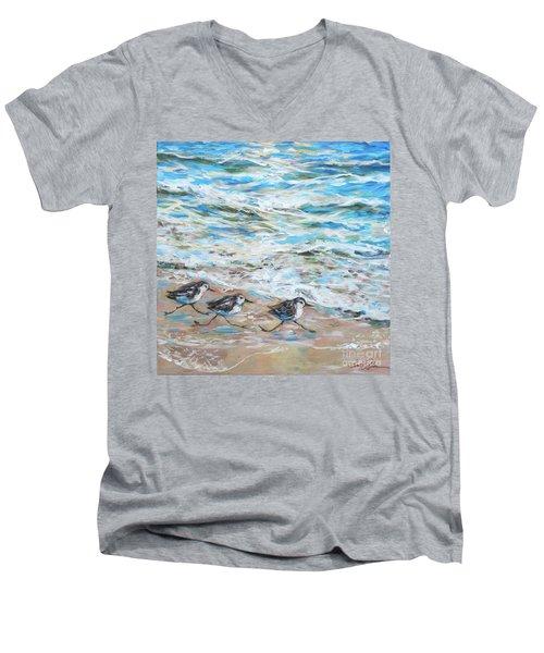 Sanderlings Running Men's V-Neck T-Shirt