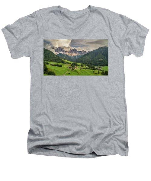 Santa Maddalena Men's V-Neck T-Shirt