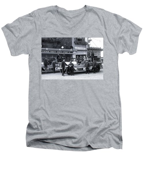 Santa Monica Firemen 1920 Men's V-Neck T-Shirt