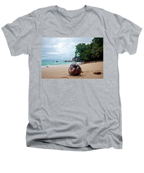 Seychelles  Men's V-Neck T-Shirt