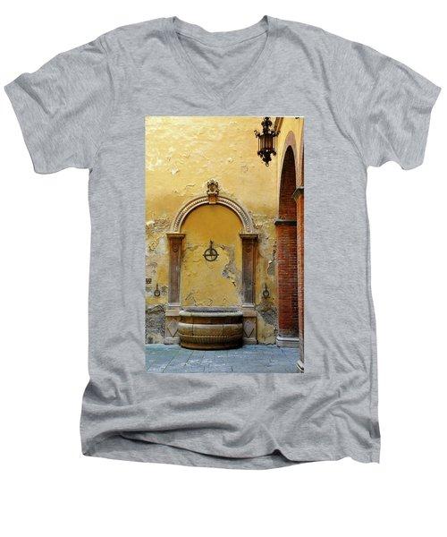 Sienna Fountain Courtyard Men's V-Neck T-Shirt